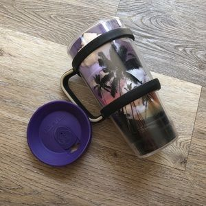 Tropical purple Tervis with handle and lid